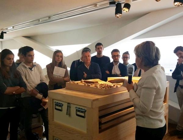 Les étudiants de Marseille rencontrent l'architecte Corinne VEZZONI !