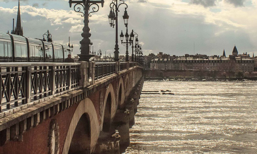 header-bordeaux